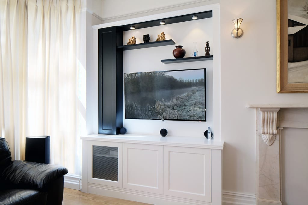 Black White Media Alcove Unit 1000