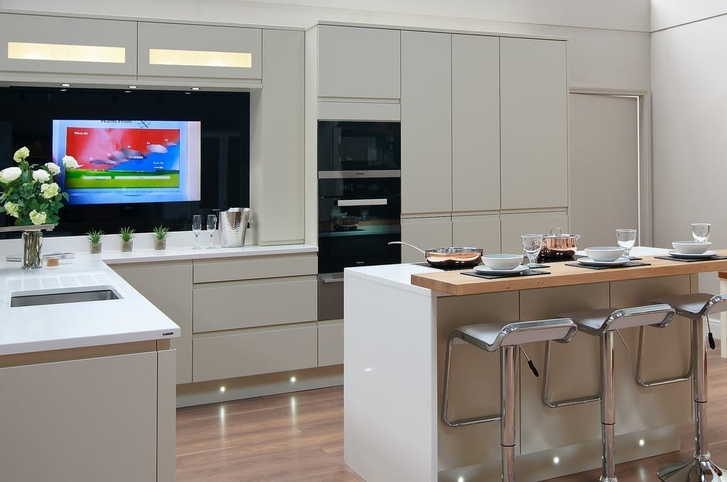Kitchen Concealed Tv 1000