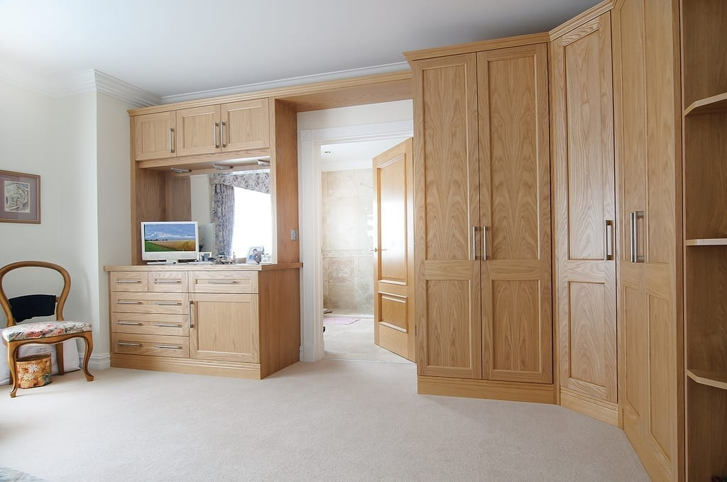 Light Oak Bedroom 1000