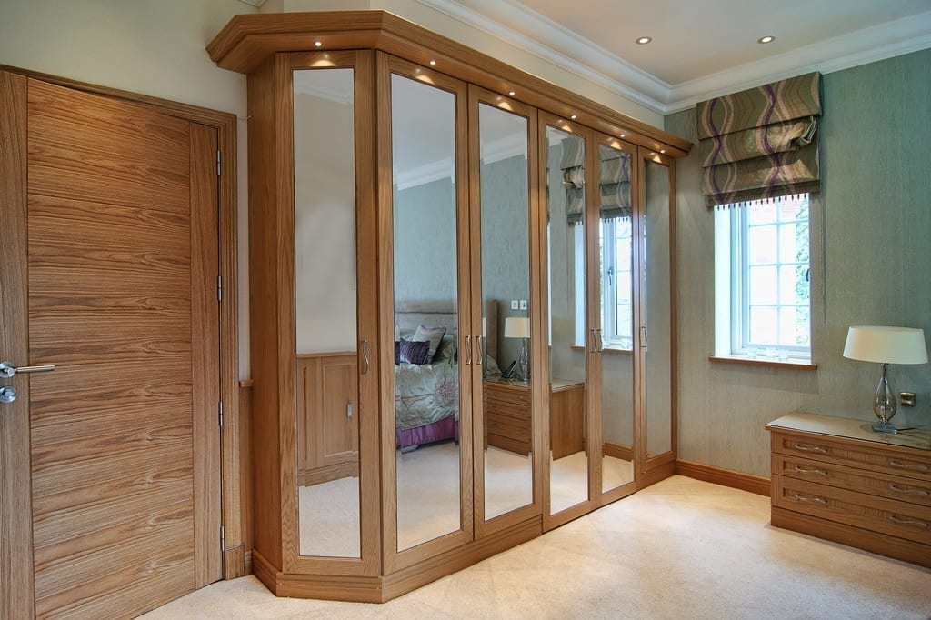 Light Oak Mirrored Bedroom 1000