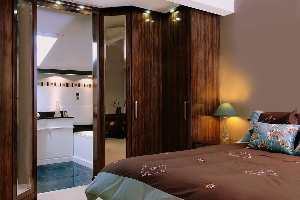 Olive Wardrobe Bedroom 1000
