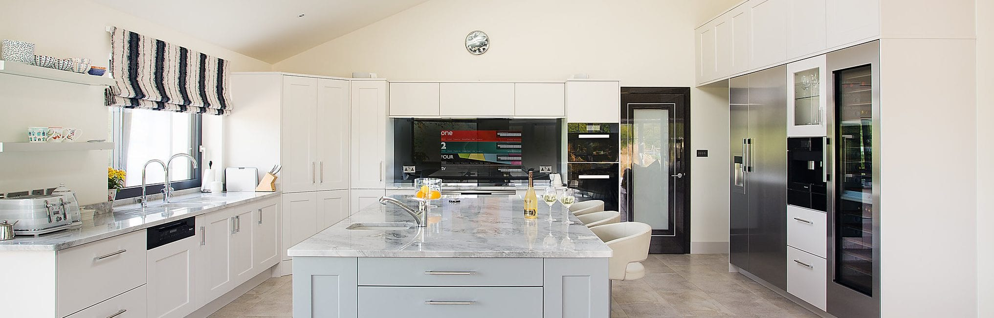 Classic English Kitchen Handmade By Conquest